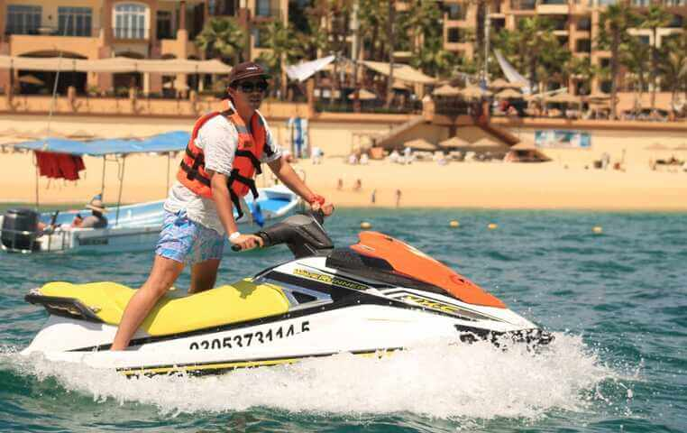 Wave Runner Rental in Los Cabos