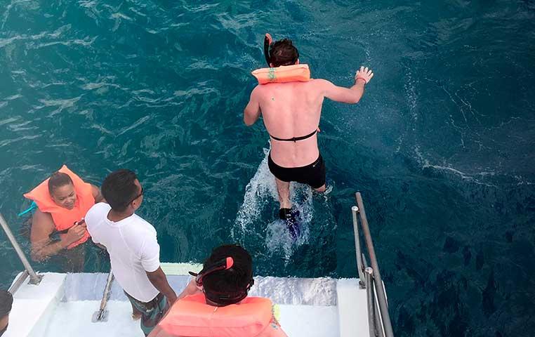 San Lucas Snorkeling Tour